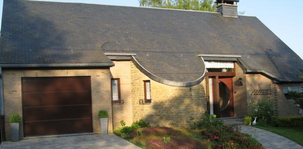 Deville sa deville sa for Porte de garage sectionnelle 300 x 215